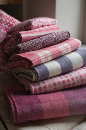 pink throws and blankets