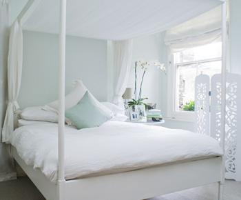 F&B bedroom