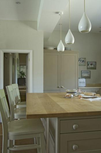 White Kitchen Emulsion shaded white |