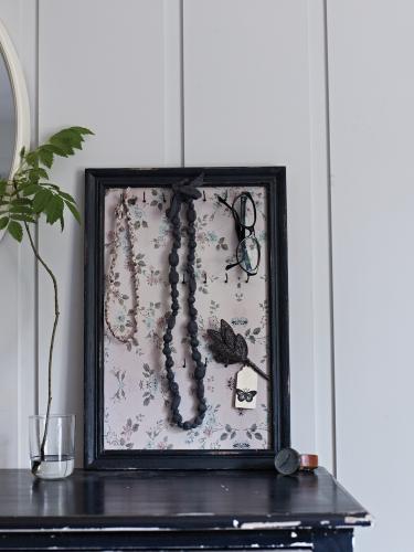 cox and cox jewellry frame