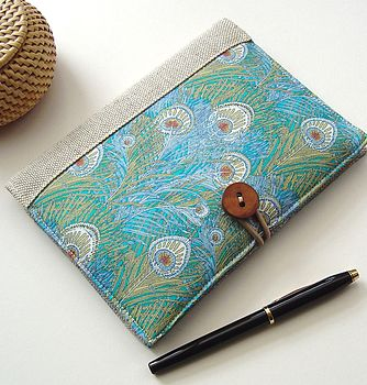 Liberty print cover for kindle