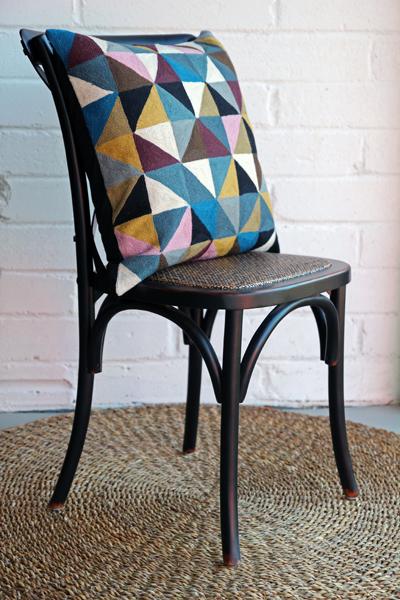 embroidered-geometric-harlequin-cushion-cotton-wool-niki-jones-[2]-18228-p