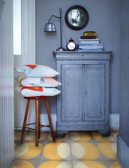 yellow-tiles-ellipse-lindsey-lang-encaustic-patterned-cement