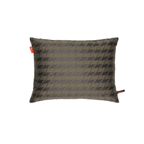 pillows-maharam-repeat-classic-houndstooth-cocoa_f_218169_master