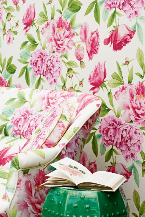 Phoebe Peony Leaf Fabric & Wallpaper detail_lr