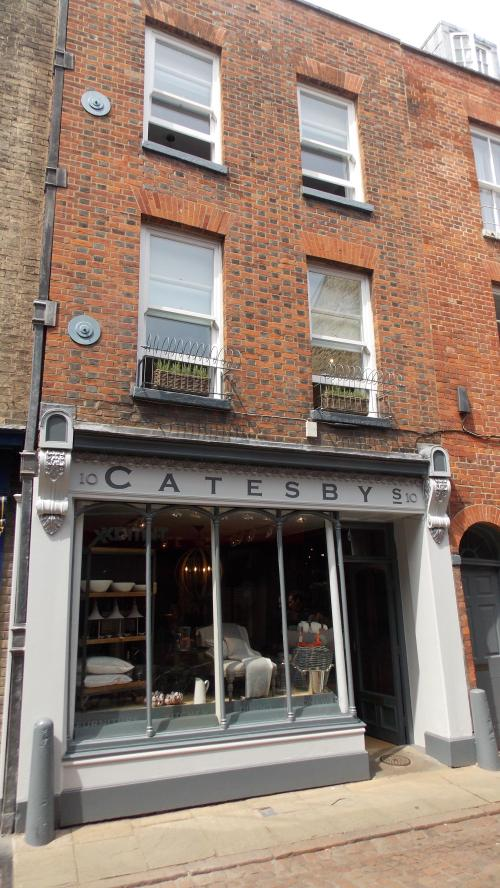 Catesbys 019