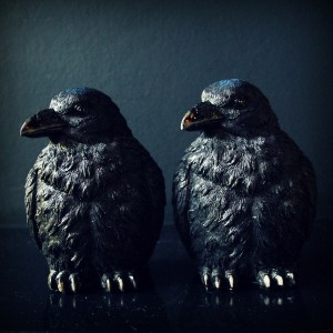 ravens_bookends_1_grande