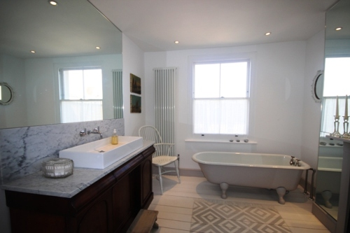 IMG_2103bathroom2_resized